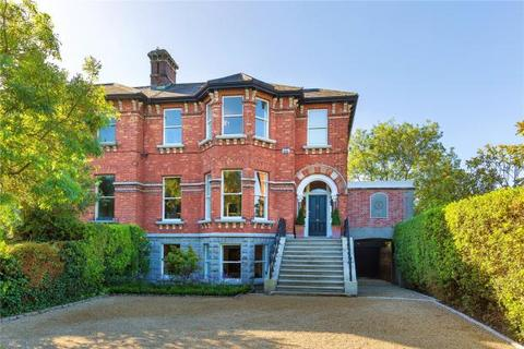 5 bedroom end of terrace house  - Ailesbury Road, Ballsbridge, Dublin 4