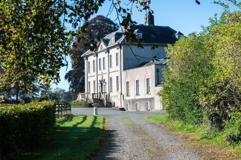 9 bedroom detached house - Navan, Co. Meath