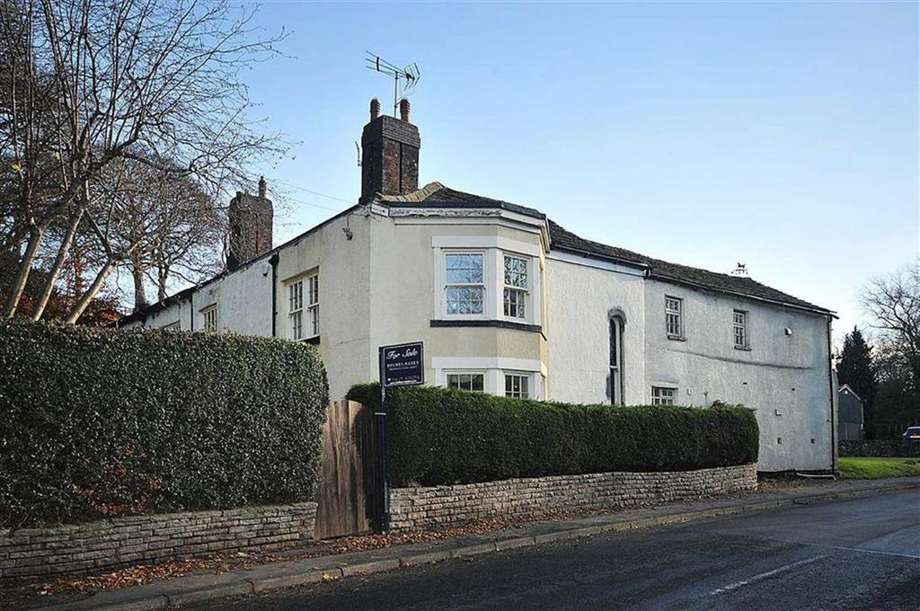 5 Bedrooms Detached House for sale in Gurnett, Sutton, Macclesfield