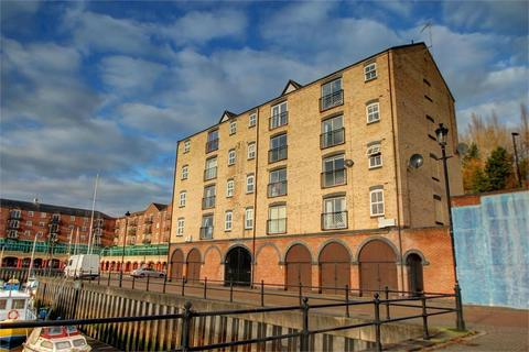 2 bedroom flat for sale - The Moorings, St Peters Basin, Newcastle Upon Tyne, Tyne and Wear, UK