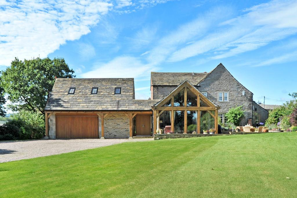 5 Bedrooms Farm House Character Property for sale in Netherdale Court, Denby Dale