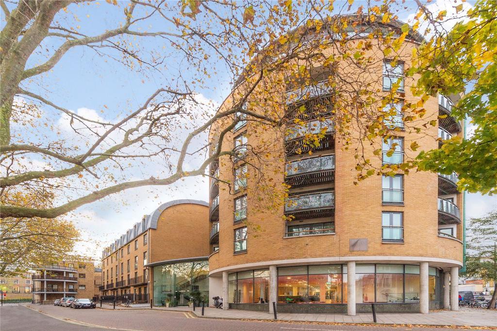 2 Bedrooms Flat for sale in Owen Street, Islington, London