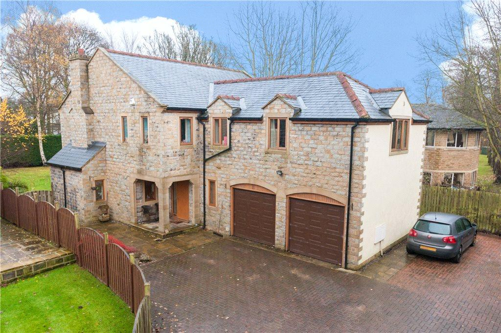 5 Bedrooms Detached House for sale in Ghyll Royd, Guiseley, Leeds