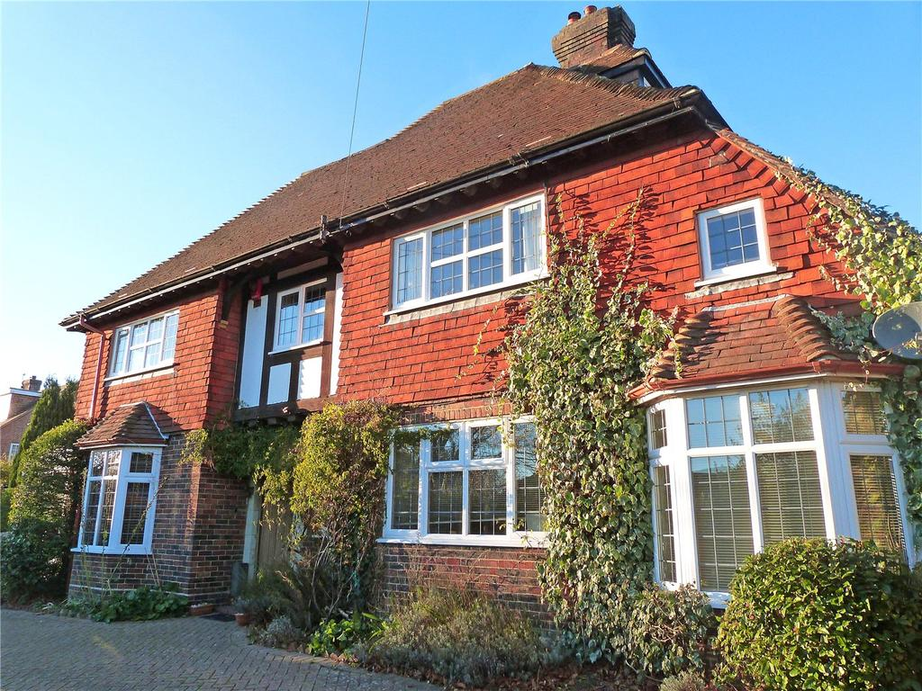 5 Bedrooms Detached House for sale in Houndean Rise, Lewes, East Sussex, BN7