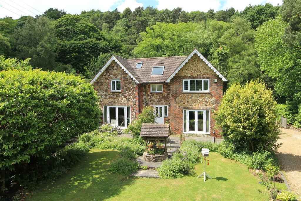 4 Bedrooms Detached House for sale in Sevenoaks Road, Ightham, Sevenoaks, Kent, TN15