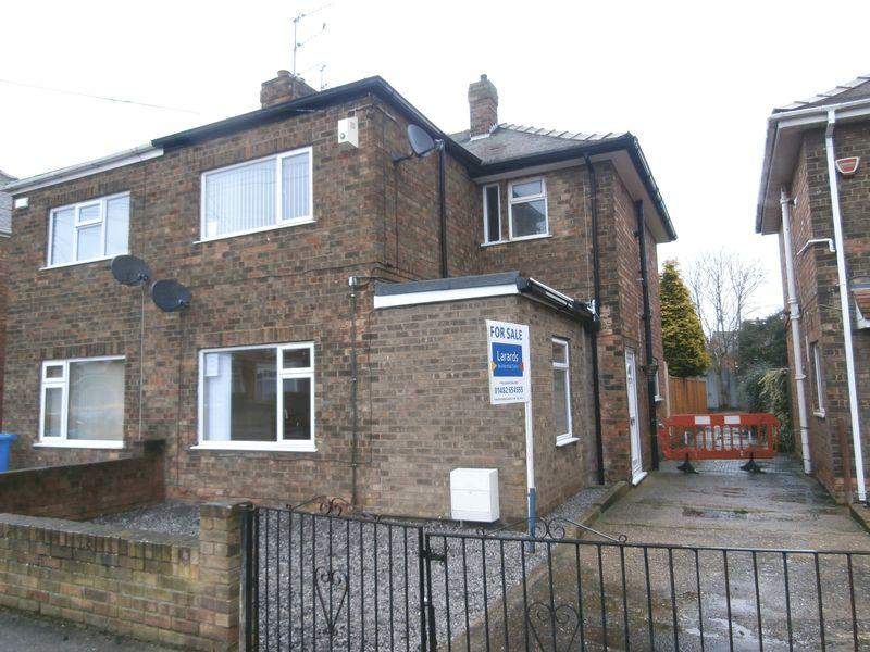 3 Bedrooms Semi Detached House for sale in Aberdeen Street, Hull