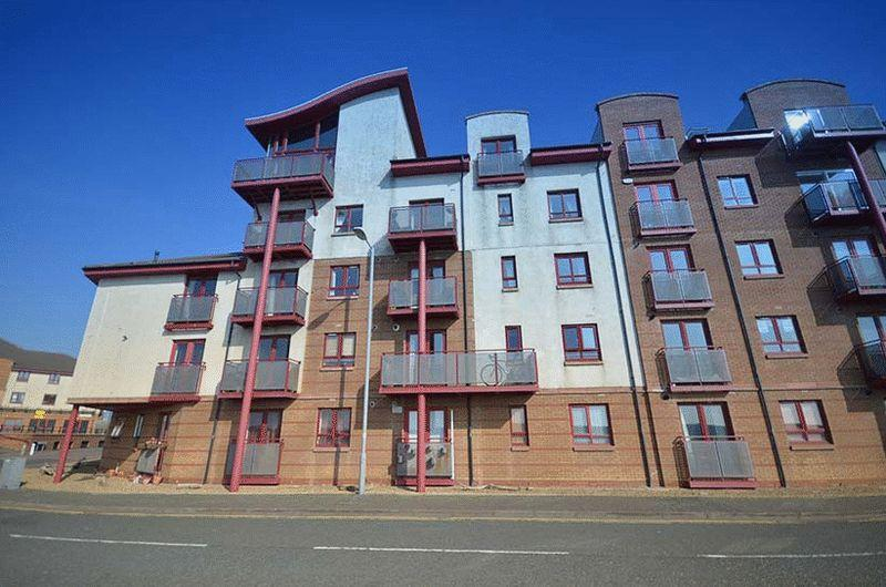 2 Bedrooms Flat for sale in 32 Donnini Court, Ayr, KA7 1JP