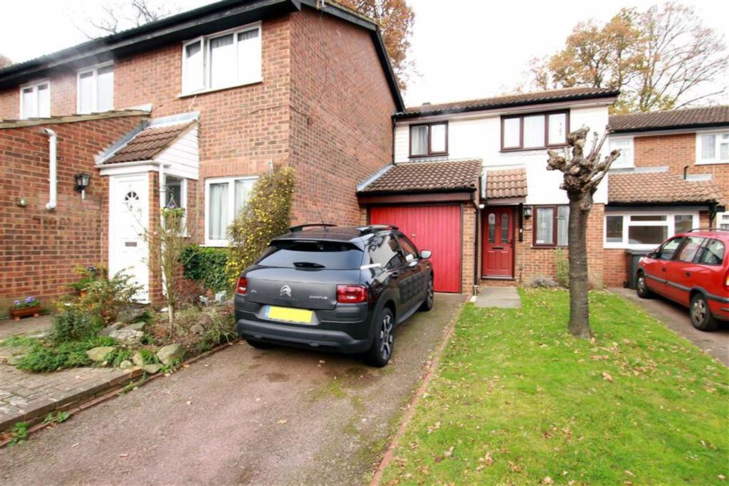3 Bedrooms Terraced House for sale in Marshalls Close, New Southgate, N11