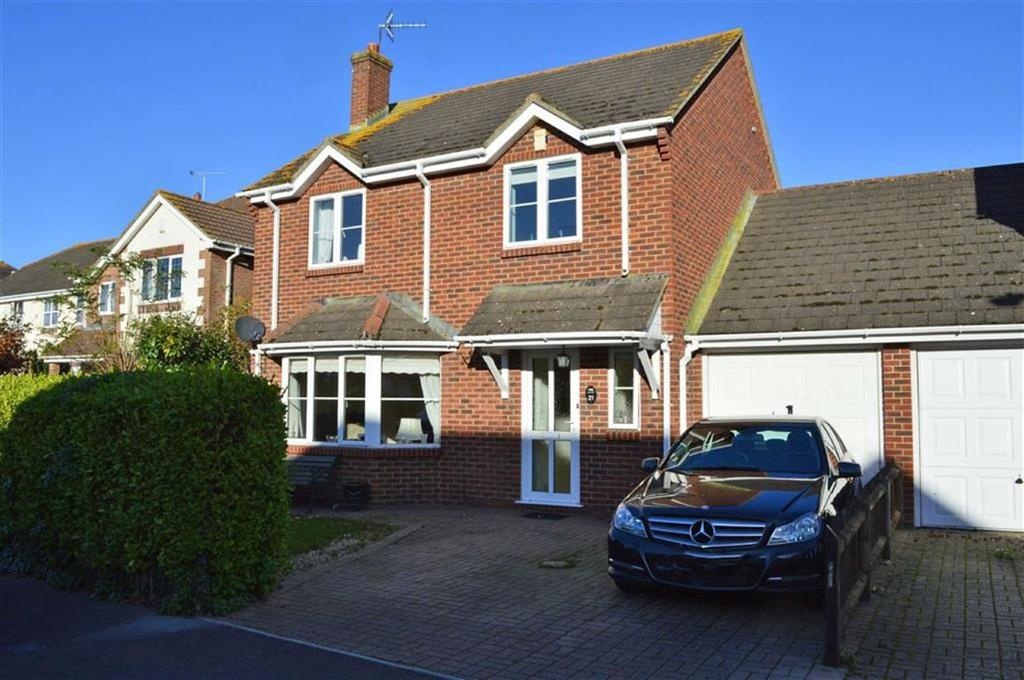 3 Bedrooms Detached House for sale in Railway Drive, Wimborne, Dorset
