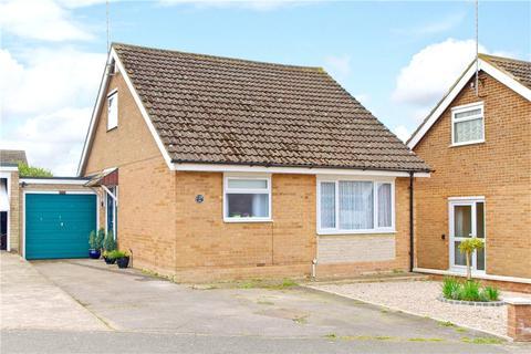 2 bedroom detached bungalow for sale - Milford Avenue, Stony Stratford, Milton Keynes, Buckinghamshire