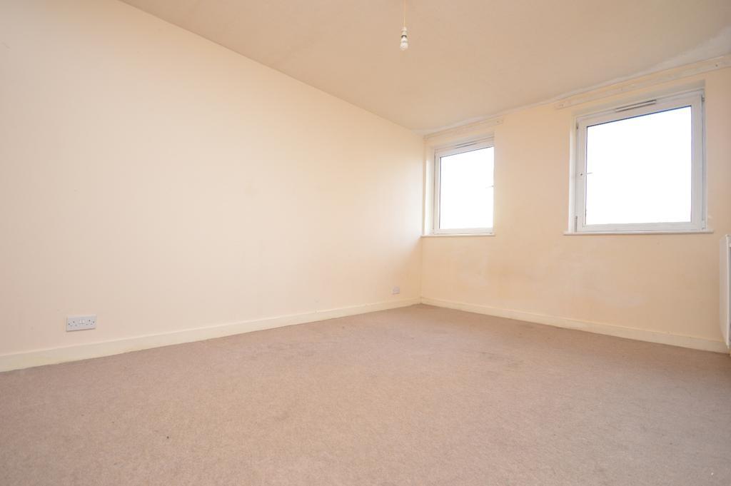 2 Bedrooms Flat for sale in Chipley Street London SE14