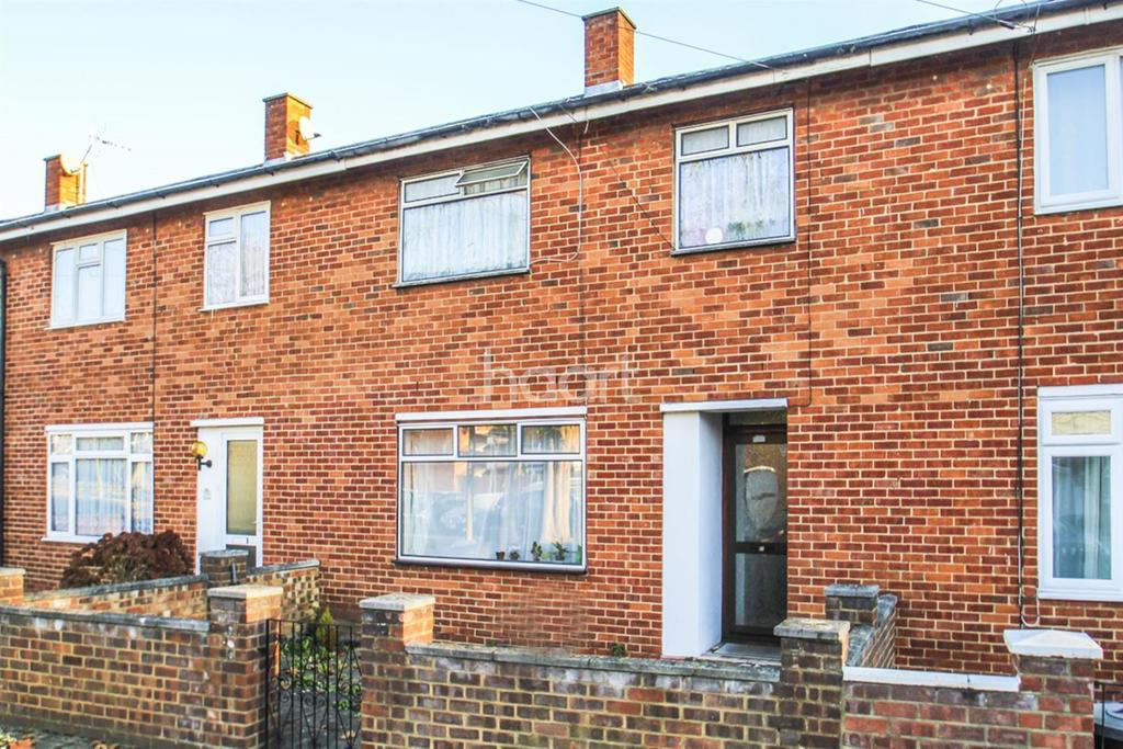 3 Bedrooms Terraced House for sale in Strathdon Drive, Earlsfield, SW17
