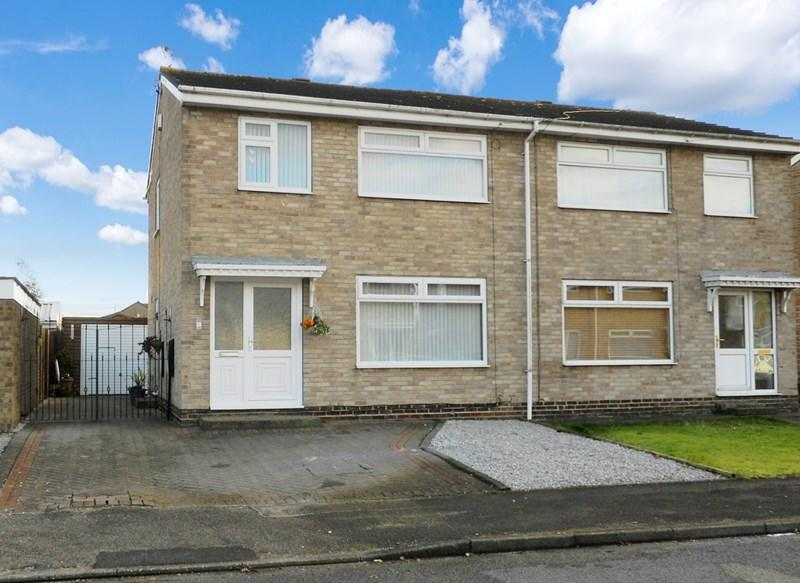 3 Bedrooms Semi Detached House for sale in Guy Garth, Hedon, Hull