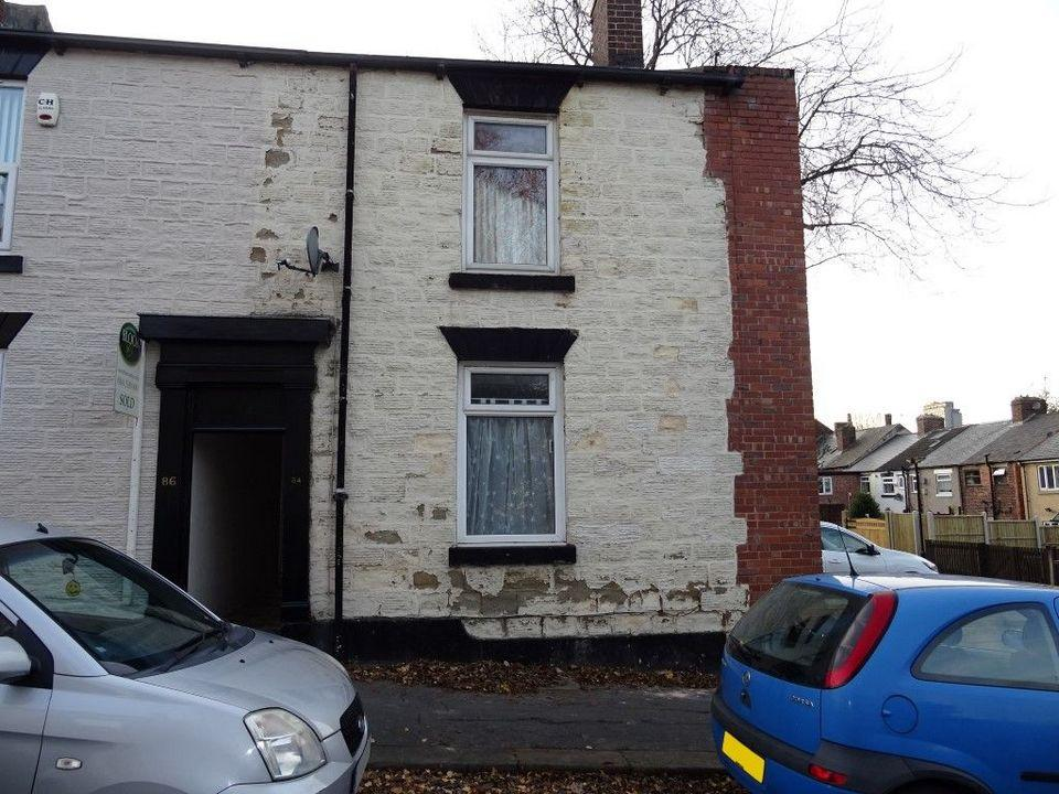 3 Bedrooms Terraced House for sale in 84 Stafford Street, Norfolk Park, Sheffield S2 2TH