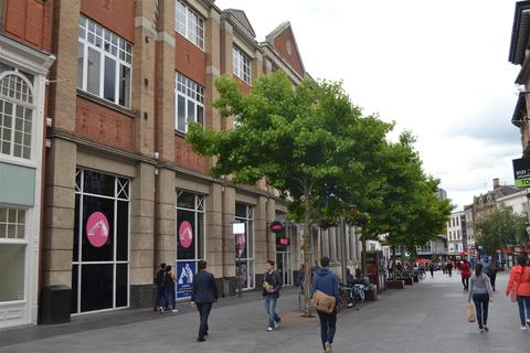 Property for sale - High Street, Leicester