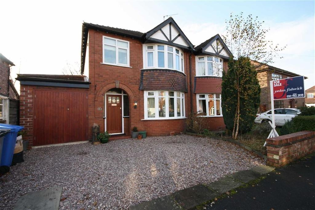 3 Bedrooms Semi Detached House for sale in Ludford Grove, Sale