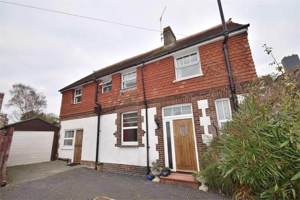 4 Bedrooms Detached House for sale in Upperton Road, Eastbourne, East Sussex