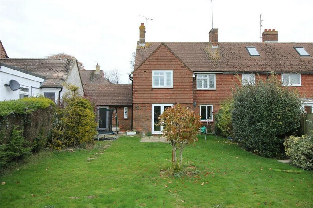 3 Bedrooms Semi Detached House for sale in 9 Mountjoy, BATTLE, East Sussex