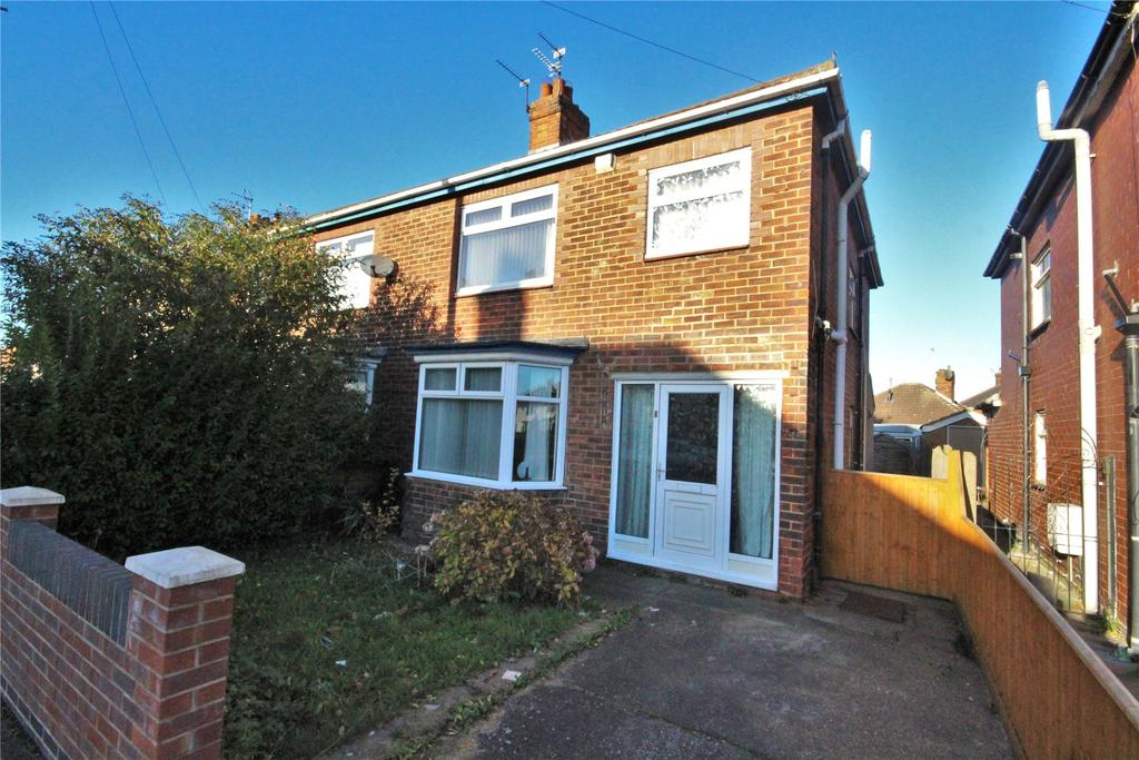 3 Bedrooms Semi Detached House for sale in Brocklesby Road, Grimsby, DN34