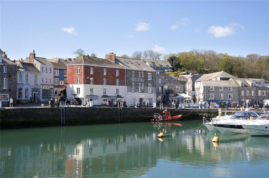 2 Bedrooms Flat for sale in Strand Street, Padstow, Cornwall