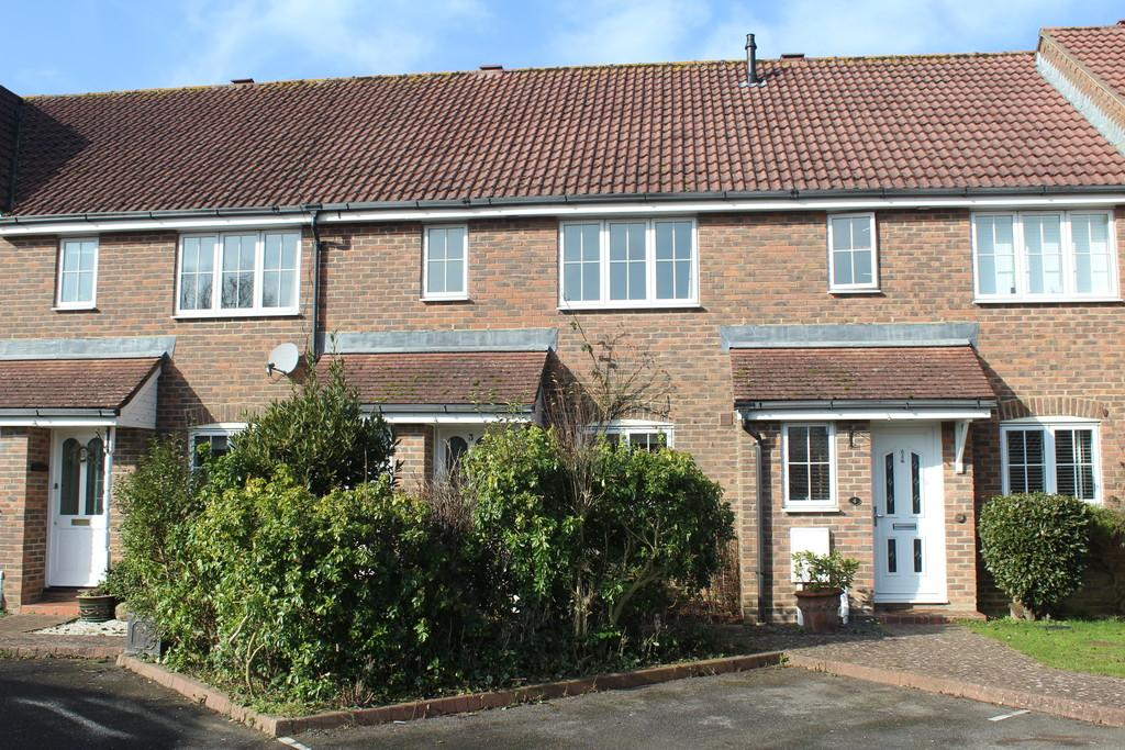 3 Bedrooms Terraced House for sale in Amberley Road, Storrington