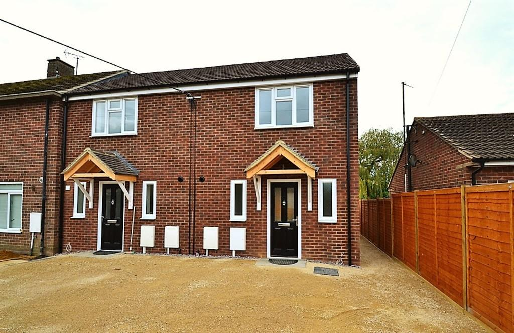 2 Bedrooms End Of Terrace House for sale in Missenden Road, Winslow