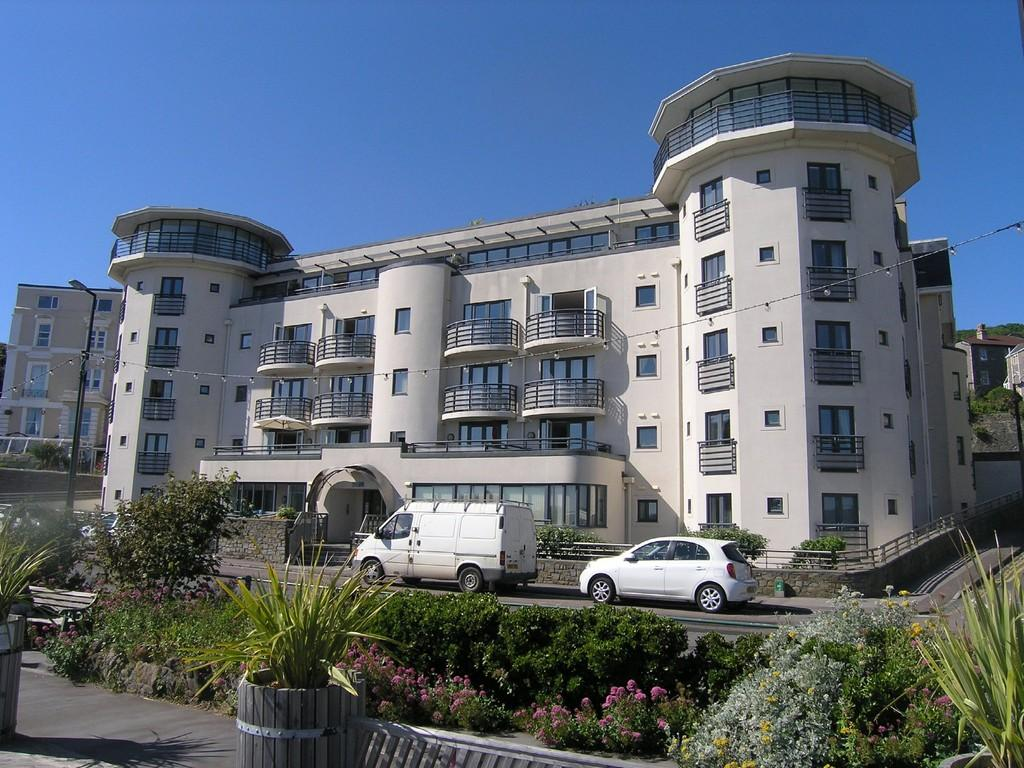 2 Bedrooms Apartment Flat for sale in Birnbeck Road, Weston-super-Mare