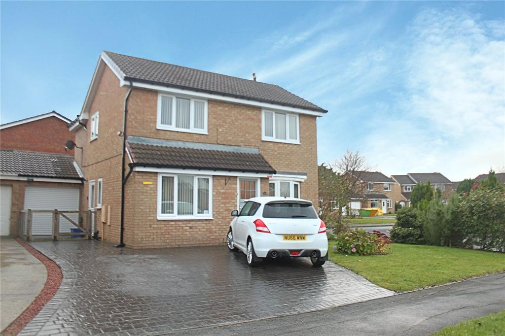 3 Bedrooms Detached House for sale in Bunting Close, Ingleby Barwick