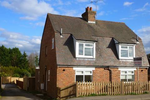2 bedroom semi-detached house for sale - Hawkhurst Road, Hartley, Cranbrook, Kent, TN17 3QA