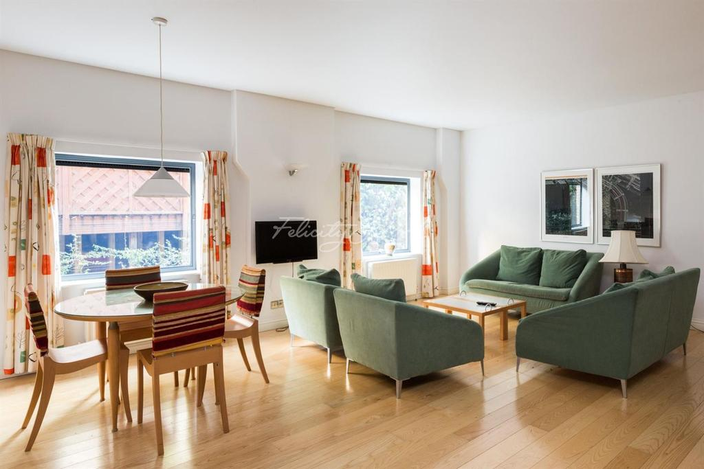 2 Bedrooms Flat for sale in Odessa Wharf, Surrey Quays, SE16