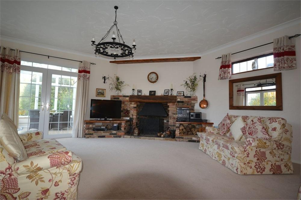 3 Bedrooms Detached Bungalow for sale in Festival Avenue, New Barn