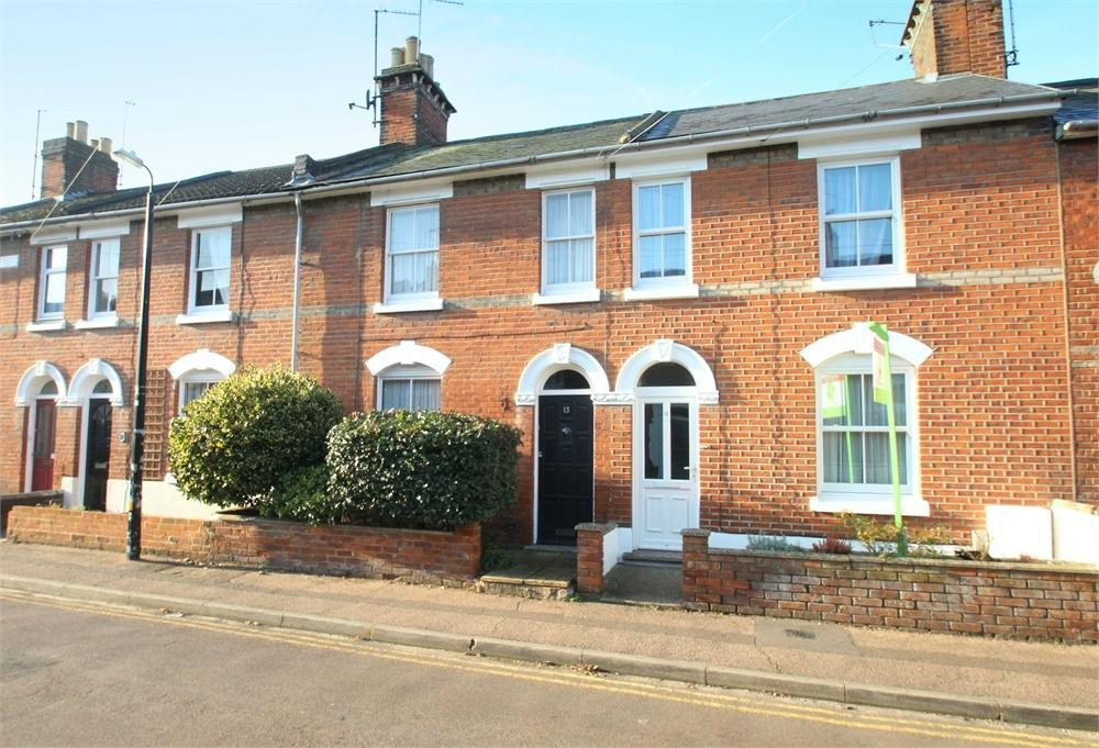 2 Bedrooms Terraced House for sale in Crowhurst Road, COLCHESTER, Essex