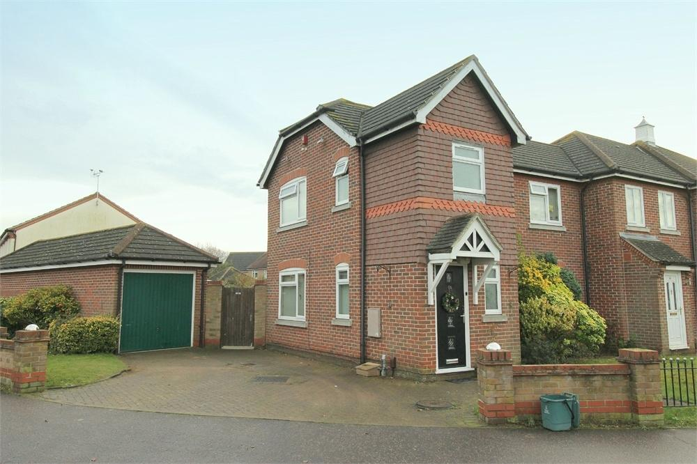 3 Bedrooms End Of Terrace House for sale in Titus Way, COLCHESTER, Essex
