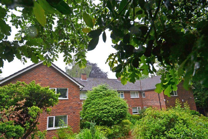 1 Bedroom Apartment Flat for sale in Lubbock Road, Chislehurst