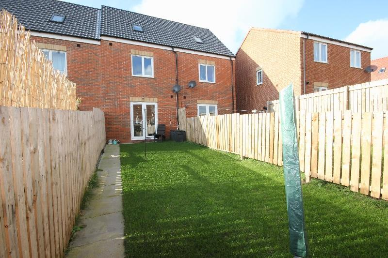 3 Bedrooms Terraced House for sale in Wooley Meadows Stanley Crook, Crook