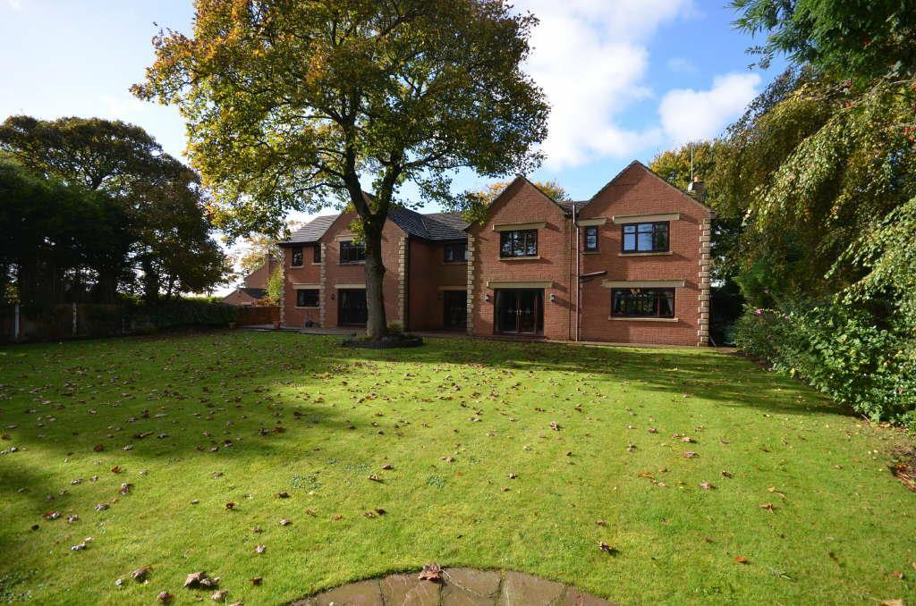 5 Bedrooms Detached House for sale in Manor House Drive, Crawford