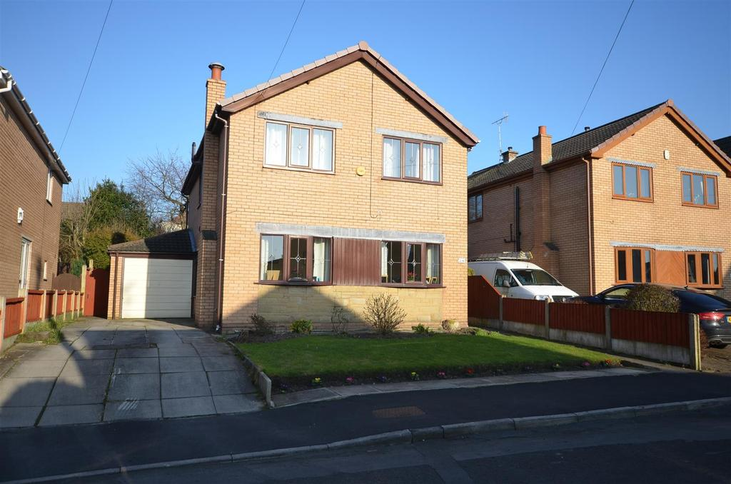 4 Bedrooms Detached House for sale in Beech Gardens, Rainford