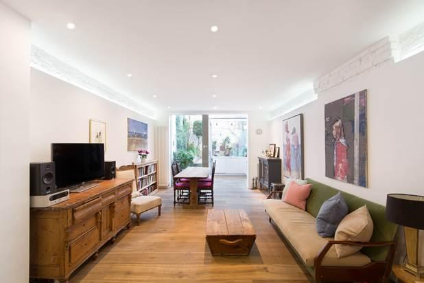 3 Bedrooms Flat for sale in St Charles Square, London, W10