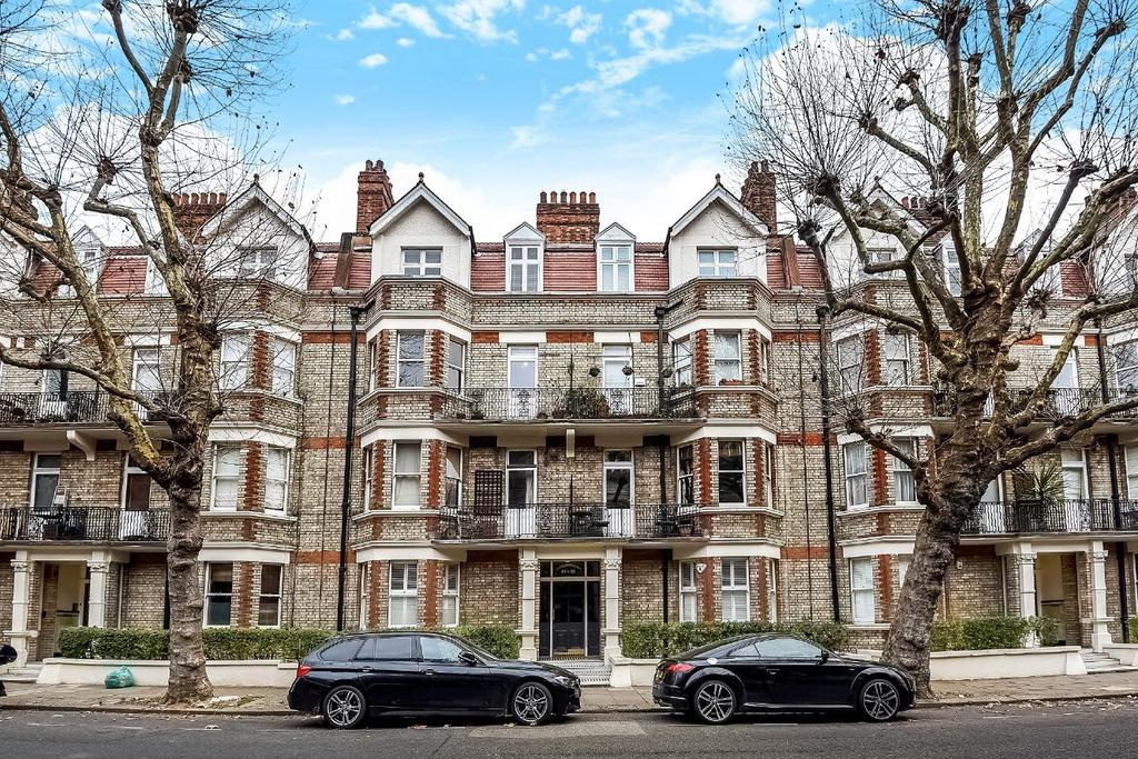 3 Bedrooms Flat for sale in Castellain Road, Maida Vale, W9