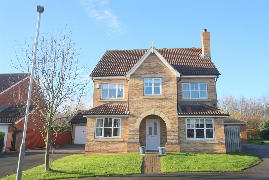 5 Bedrooms Detached House for sale in Pendeen Grove, Darlington