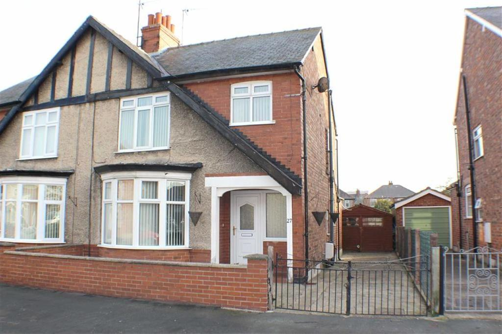 3 Bedrooms Semi Detached House for sale in Savage Road, Bridlington, East Yorkshire