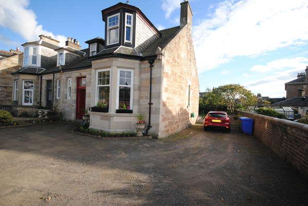 3 Bedrooms Detached House for sale in 6 Holmston Road, Ayr, KA7 3BB