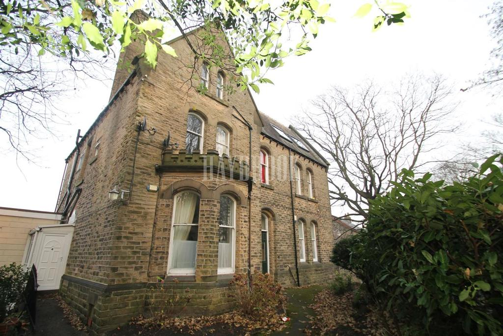 Studio Flat for sale in 24 Brincliffe Edge Road, Brincliffe, S11 9BW