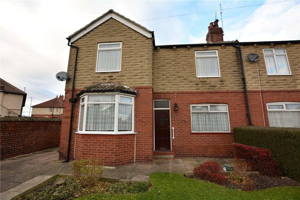 3 Bedrooms Semi Detached House for sale in Green Hill Mount, Bramley, Leeds