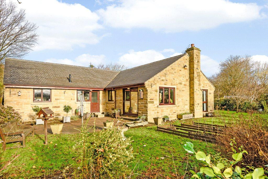 4 Bedrooms Detached Bungalow for sale in Spire Heights, Gilstead Lane, Bingley, West Yorkshire, BD16