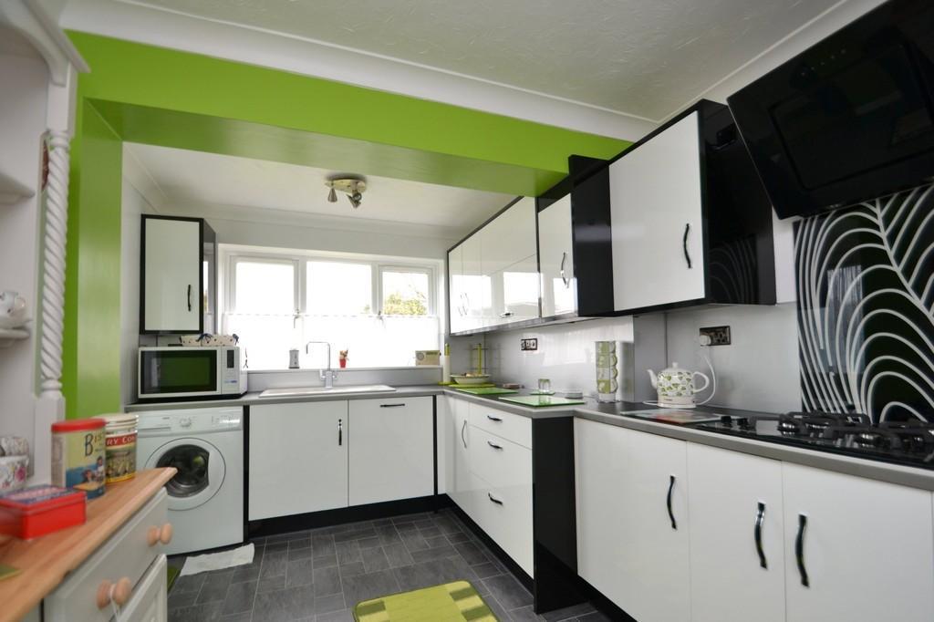 3 Bedrooms Detached Bungalow for sale in The Link, Bentley, Ipswich, Suffolk