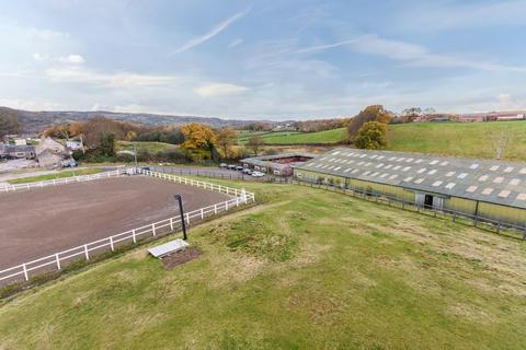 4 bedroom equestrian facility for sale - Gresford Road, Hope