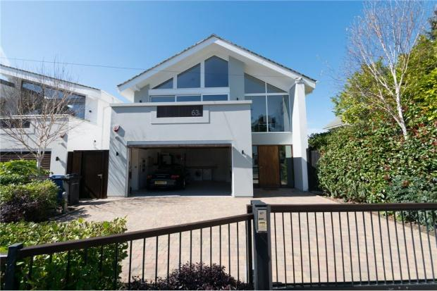 4 Bedrooms Detached House for sale in Chaddesley Glen, Poole, BH13