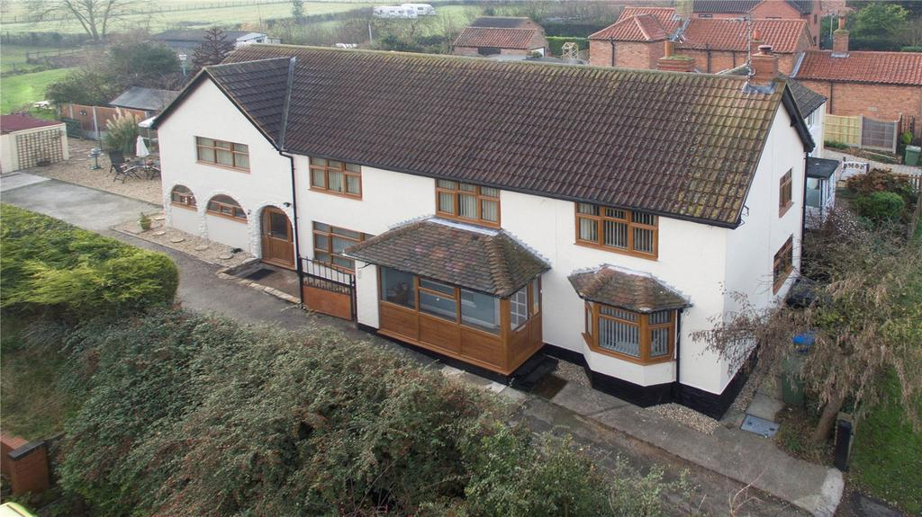 5 Bedrooms Detached House for sale in Treswell, Retford, Nottinghamshire