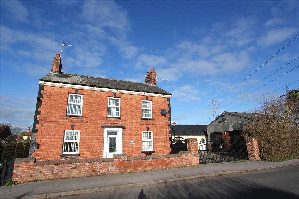 3 Bedrooms Detached House for sale in Laneham, Retford, Nottinghamshire